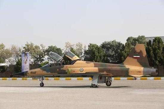 图片:Kowsar侧面和F-5F基本一致