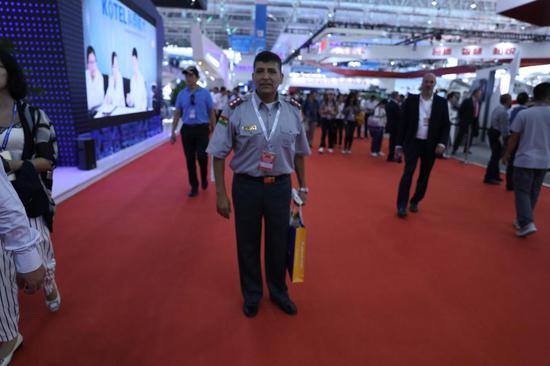 多国军官来中国海淘武器:阿联酋关注彩虹无人机(图)