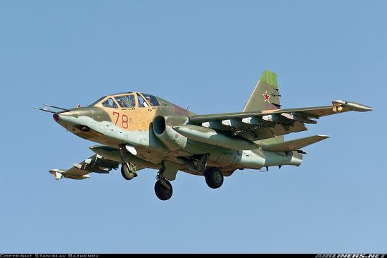俄军苏25战机在高加索地区坠毁 两名飞行员失踪(图)