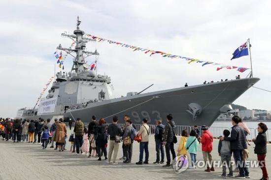 365bet怎么充值·台媒:两艘美国军舰今日通过台湾海峡