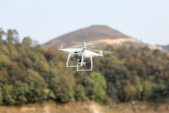 美无人机被完爆:我们完成原型机时中国都造出14架了