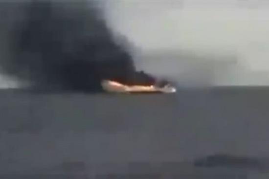 外媒:利比亚国民军摧毁1艘武器运输船