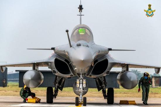印度阵风开始飞行演练 为避开中国雷达而远离实控线