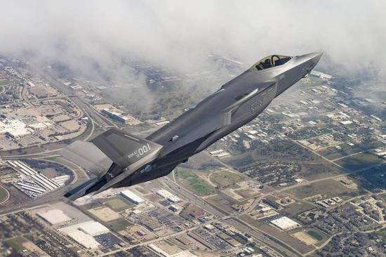 韩国已接收24架F35战机 明年将完成首批40架部署
