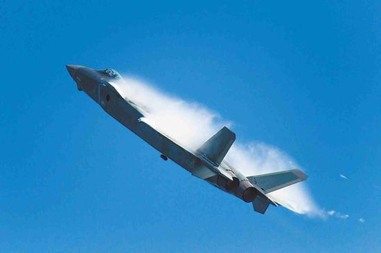 歼-20首飞十年后换装新型发动机 下一个X-20何时现身
