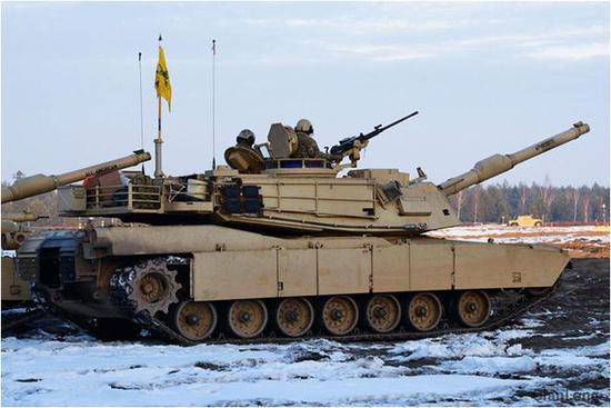 西方主战坦克为何不用自动装弹机 受坦克兵身材影响