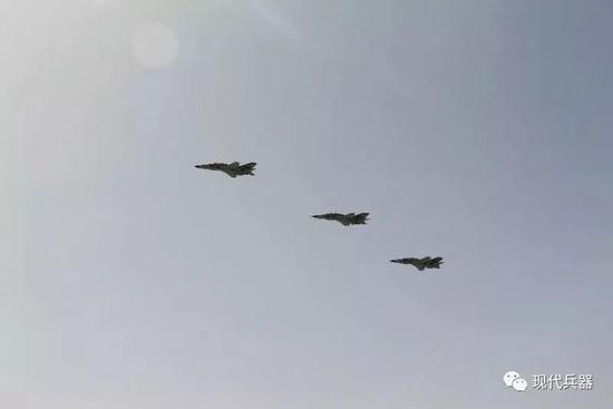 中国山鹰高教机交付外军 未来还将换装新航发