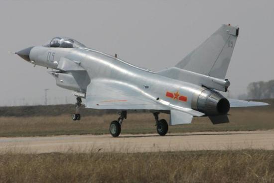 美媒:歼10C是顶尖4.5代战机 装备一武器让西方恐慌