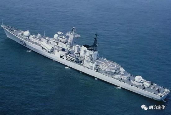▲ 毕竟136舰是一艘十分纯正的冷战末期型毛舰
