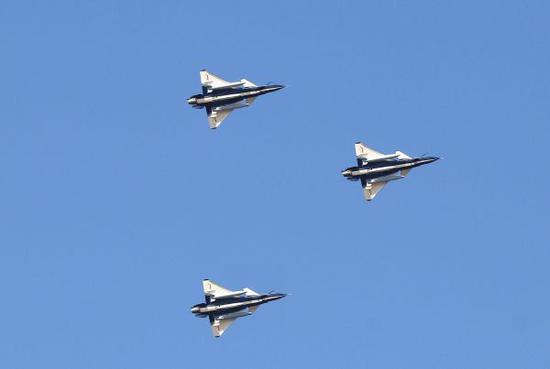 上合军演下周揭幕 中国700名军人100件装备全部抵俄