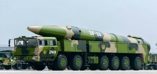 中国新型中远程弹道导弹