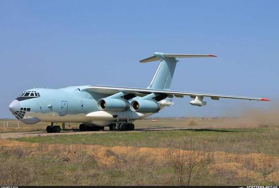 图片:比起新中运,大型加油机才是中国空军最迫切需要的