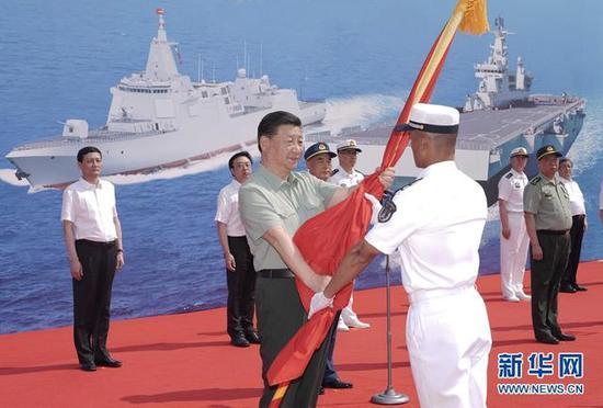 国产新型战略核潜艇首次公开舷号名称 有何意味?