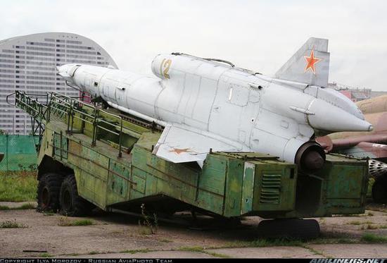 """图片:图-141""""雨燕""""战役/战术无人侦察机。"""