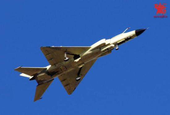 图片:歼侦-8F侦察机,感谢原作者