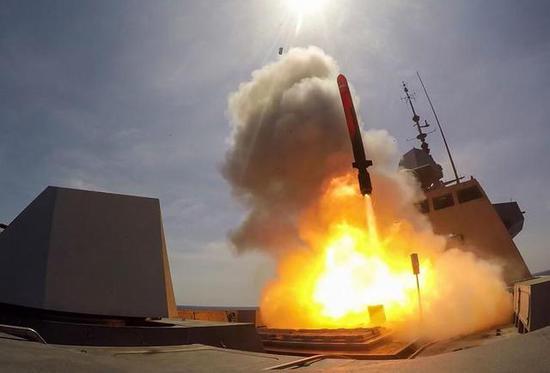 图片:阿基坦级护卫舰发射MdCN