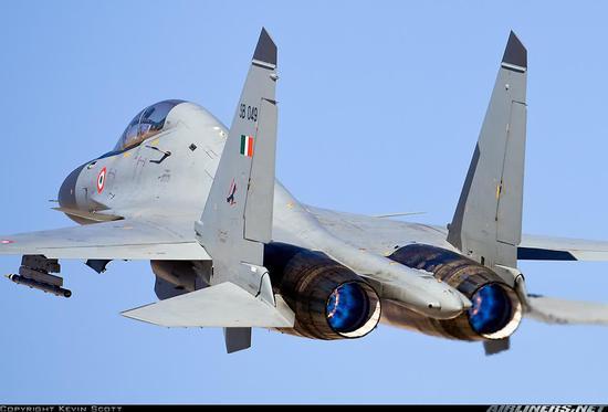 中国雷达探测到F22叫牛 为何印度发现歼20却很可悲