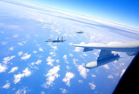 中国轰6K南海岛礁起降有何意义 火力可覆盖西太平洋