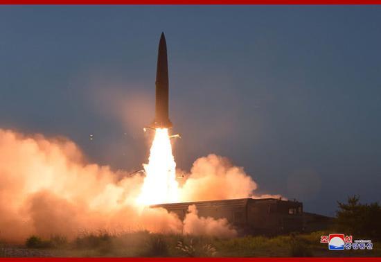 朝版伊斯坎德爾導彈試 圖片來自朝中社