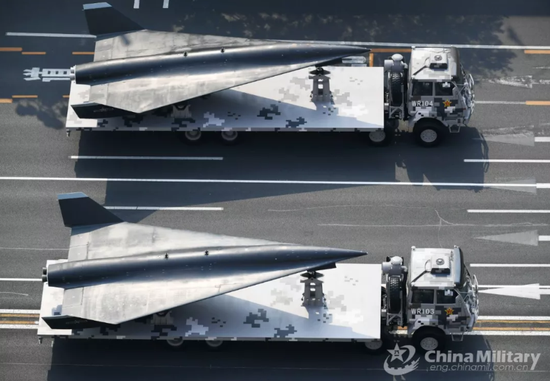 张召忠:无侦8至少能飞到5倍音速 敌方几乎无法拦截