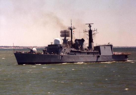 """图片:阿根廷42型""""大力神""""号驱逐舰"""