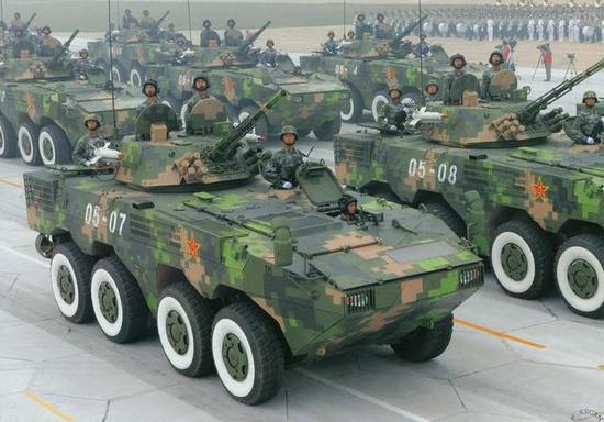 轮式步战车比履带式有何优势 我09式可作战可救灾