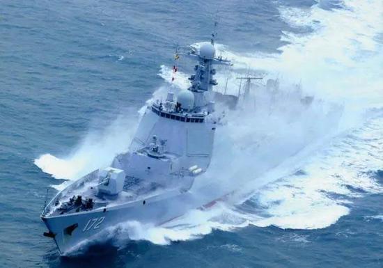 中国航母编队或至少耗资500亿元 航母建造费用占一半