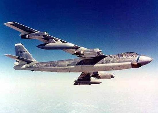 美军轰炸机