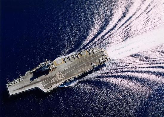 法国造航母为省钱采用潜艇核反应堆 实测航速仅25节