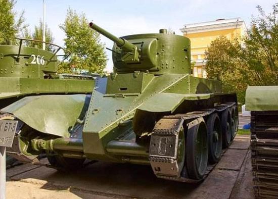 坦克部隊也是俄國人勝利的一個原因
