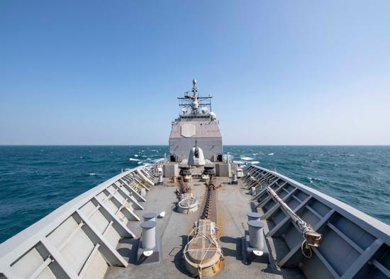 美军官:战舰穿越台湾海峡时遭中