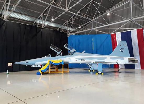 """图为泰国皇家空军的首架F-5ST""""超级虎""""。"""