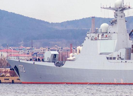 """中国海军052D型导弹驱逐舰172""""昆明""""舰"""