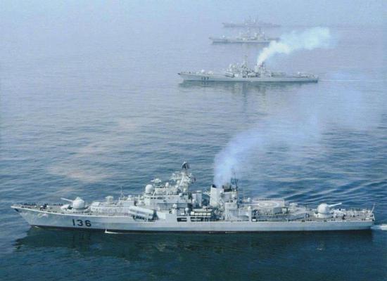 中国首艘魔改版现代舰即将重新服役 俄军却无力改进