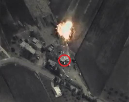 俄军精确制导炸弹偏离目标