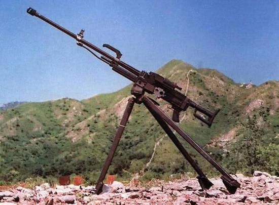 我軍山地合成旅火力排曝光 一挺機槍僅配200發子彈