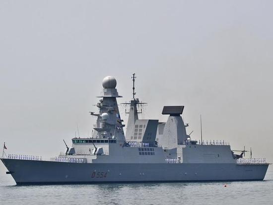 图为意大利地平线级护卫舰