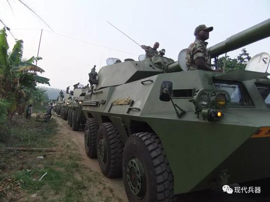 中国外贸版轮式突击炮究竟有多强 总师:秒杀三代坦克
