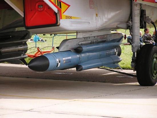 美为何不发展超音速反舰导弹 因直接购俄导弹当