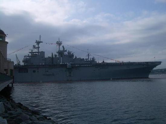 中国急需两栖攻击舰支援登陆作战 其意义不亚于航母