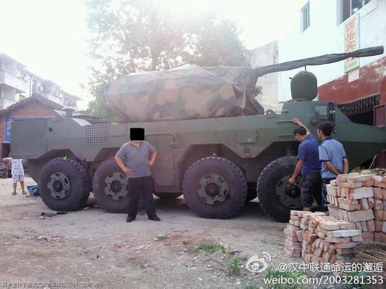 我军神秘炮车大摇大摆停路边 与德国最新战车同一血统