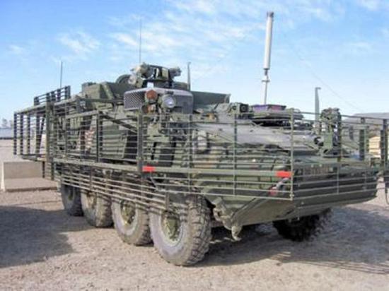 """现代美军斯特瑞克装甲车的""""鸟笼""""装甲"""