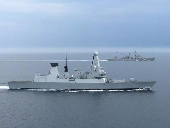 """△""""乌斯季诺夫海军元帅""""、""""北莫尔斯克""""号进入英吉利海峡被皇家海军跟踪"""