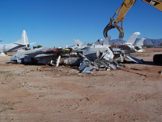 F14已退役10多年美军为何仍念念不忘 两优势超越F18