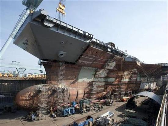 美称福特级航母未来可载激光武器 反制中国东风21D