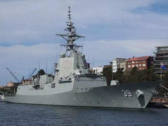 英军叫嚣派航母巡南海并点名中国 还要澳大利亚护航