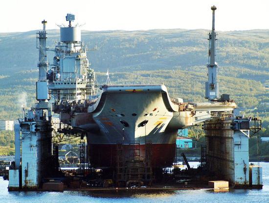 俄航母升级后或回归初始定位:载机巡洋舰掩护舰队