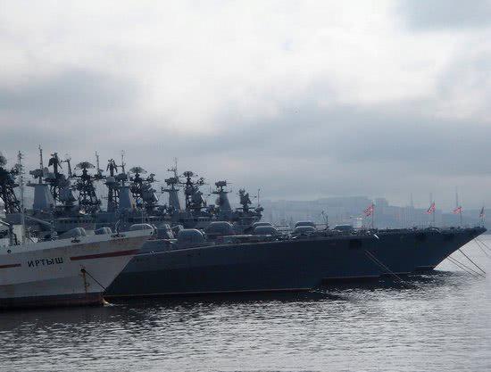 俄海军出动36艘舰艇赴巴伦支海军演 或为回应北约