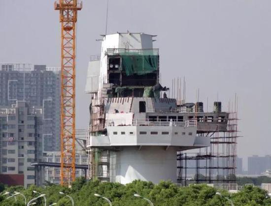 中国第3艘航母什么样:将用电磁弹射器弹射隐身战机