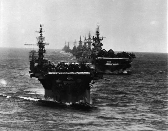 神盾驱逐舰能否单挑二战航母编队?答案或许很意外